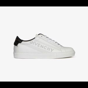 BRAND NEW GIVENCHY SNEAKERS WORN ONCE WITH BOX
